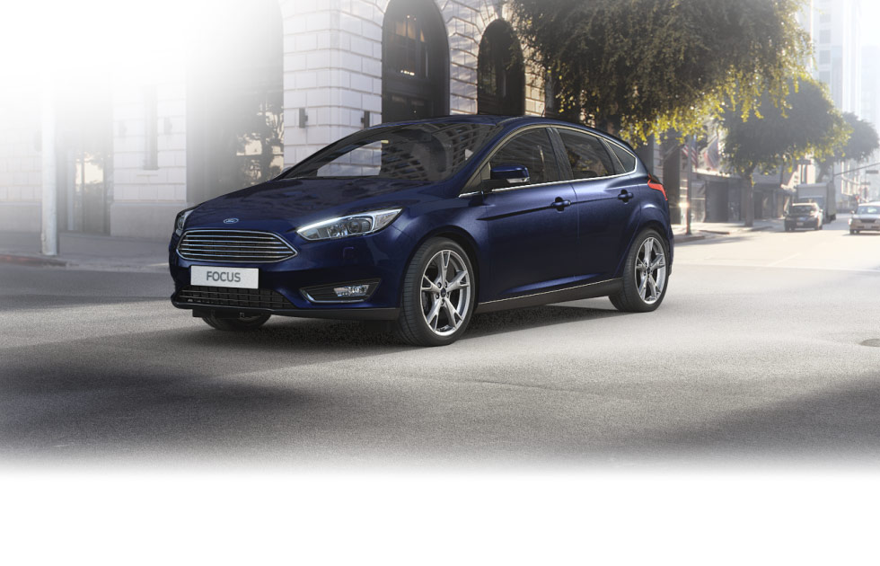 Focus_BlazerBlue_LHD_5dr_Front_00001